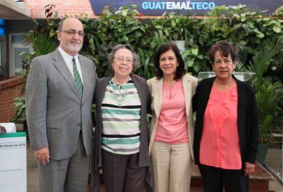 Despedida de la licenciada Ángela Cáceres